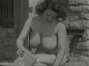 Bertha 1950's Mouth-watering Farmers Daughter