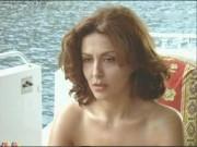 GIOVANE SABRINA FERILLI NUDA IN UN FILM ITALIANO.