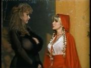 Le Avventure Erotix Di Cappuccetto Rosso – 1993 Part 4